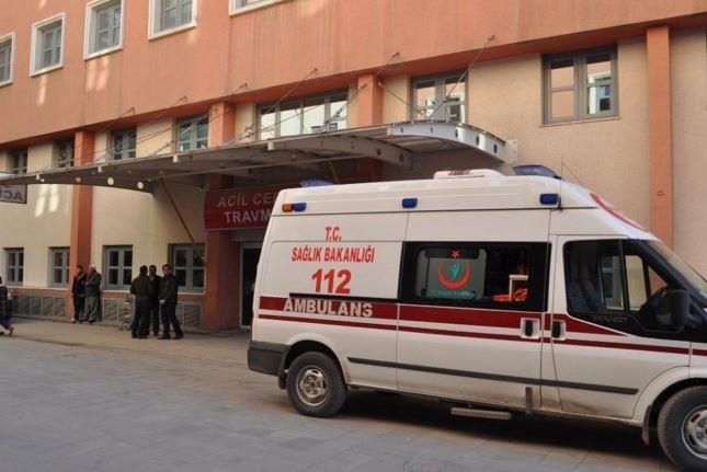 İKİ AİLE ARASINDA KAVGA: 1 kişi öldü 2'si ağır 4 kişi yaralandı