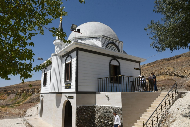 Kani Rawal Camii İbadete Açıldı